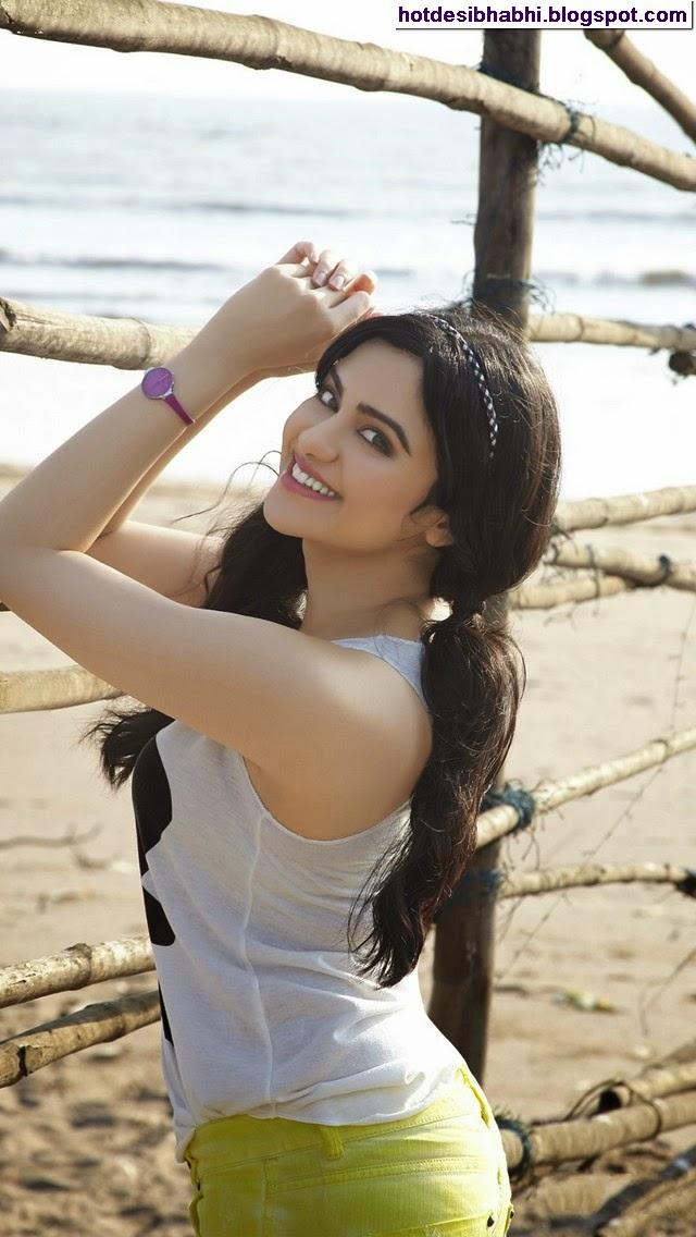 Adah Sharma Latest Sexy Pics