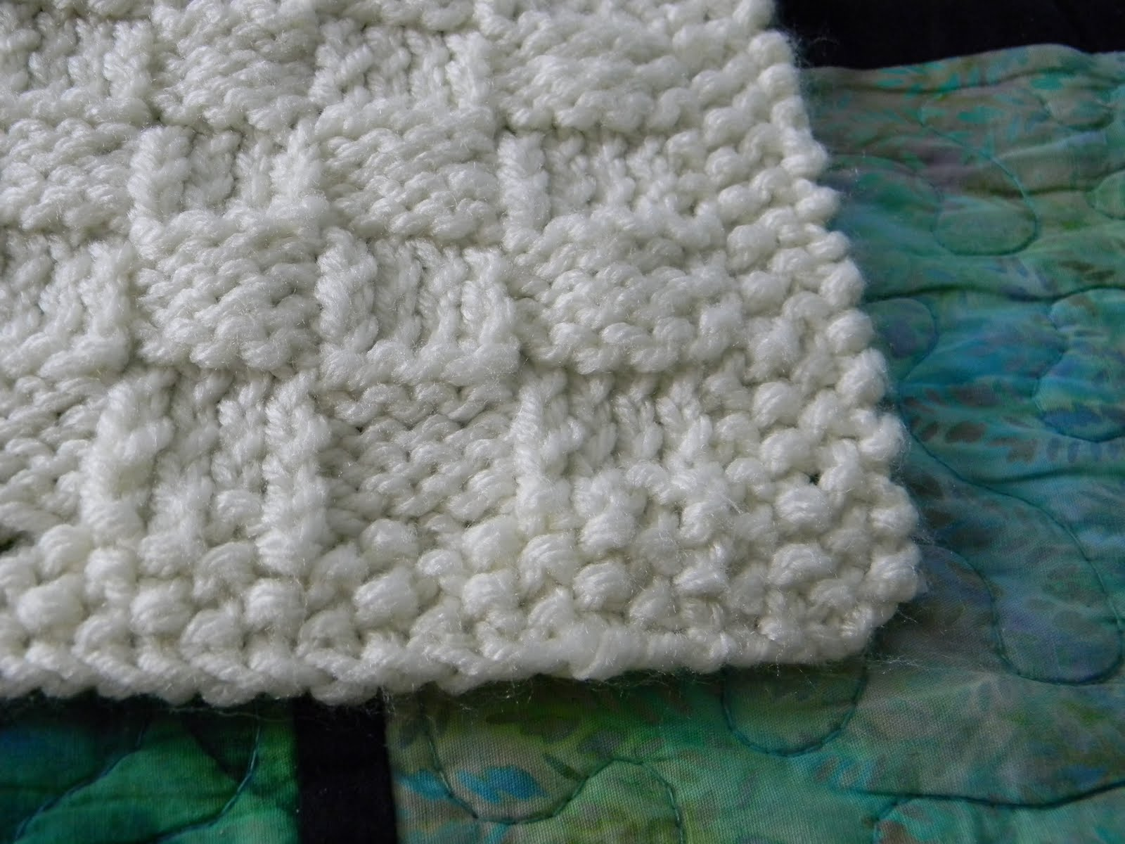 Craftopotamus: Basketweave Knit for Baby