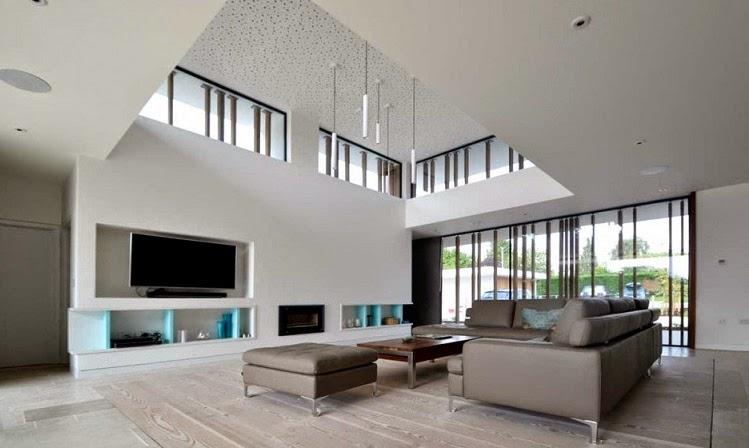Minimalista y sostenible la casa del r o por selencky for Arquitectura minimalista imagenes