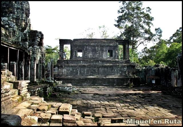 Templos-Angkor-Caras-Bayón_5