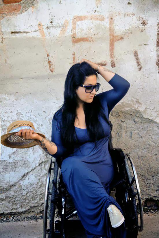 mulher.cadeirante