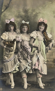 Free Vintage Image - Three Maiden Ladies.