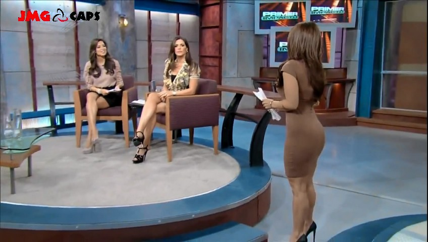 Univision busty women read this