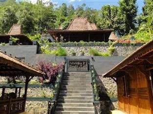 Hotel Bintang 5 di Magelang - Villa Borobudur