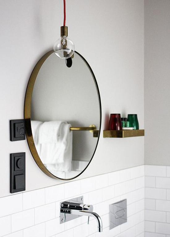 Espejos redondos completamente n rdicos alquimia deco for Bano con espejo redondo