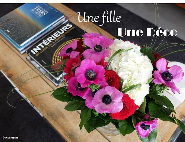 bouquet pivoine, table basse en bois Bois L'epicier brocante Maulette 78, idée déco d'intérieur