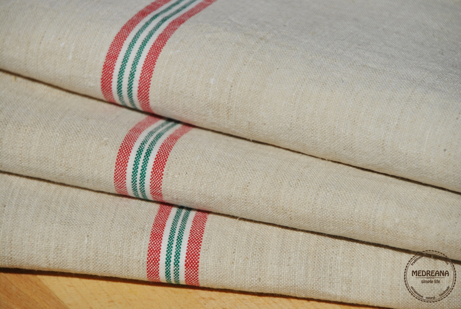 Medreana Set of 3 vintage kitchen towels red and green