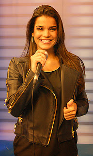 Fotos da Mari Antunes - Nova vocalista do Babado novo 3