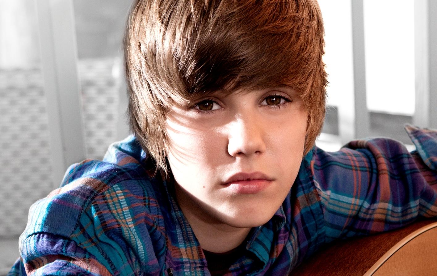 Justin Bieber - Fall, video ufficiale, testo e traduzione