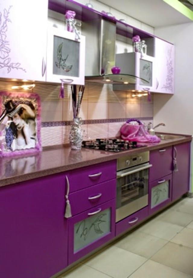Cuisine originale de couleur lilas