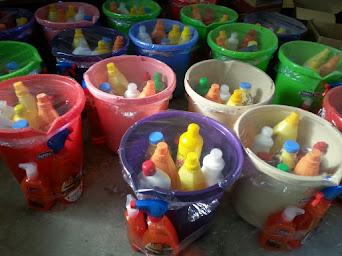 أجود أنواع مواد التنظيف مع عروضات دائمة وبأسعار تناسب الجميع جملة ومفرق بإدارة علي يونس