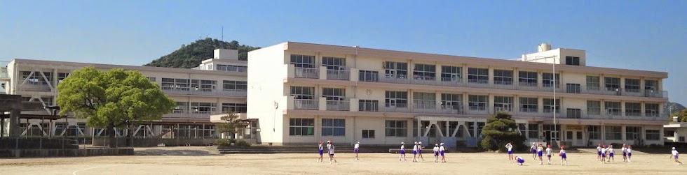 華浦小校舎