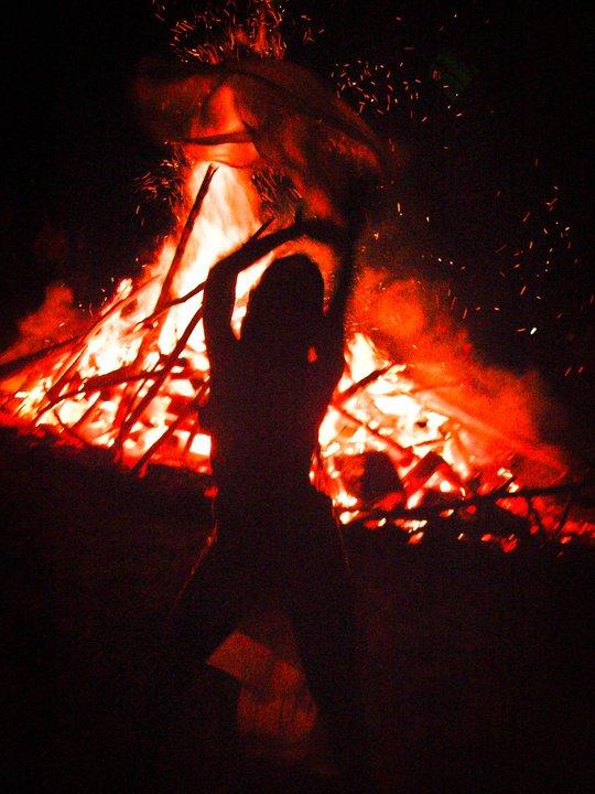 cruzadas y desventuras hacia la luz y fuera de la oscuridad
