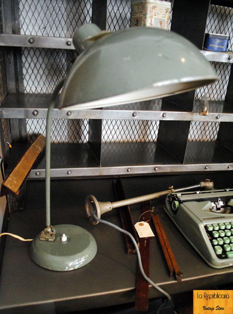 Un despacho poco convencional la republicana vintage store for Despacho estilo industrial