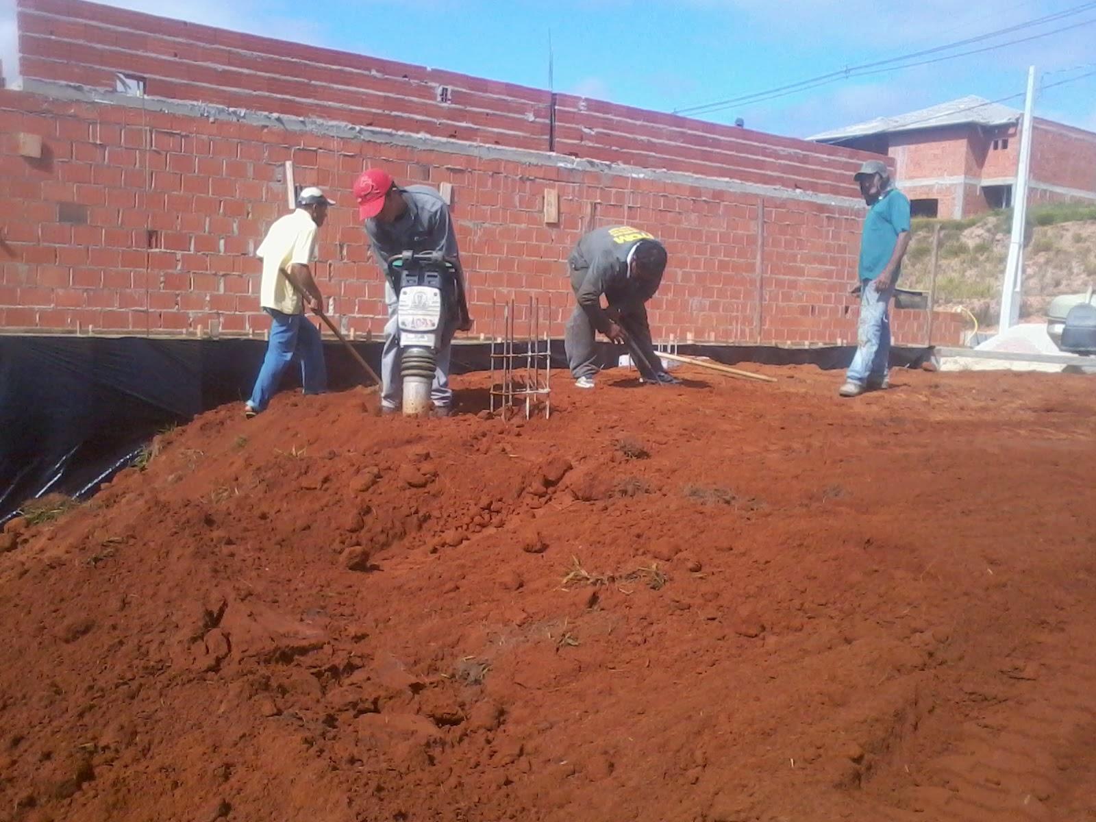 Construindo casas agosto 2014 for Tipos de terreno