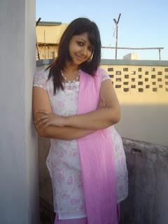 Dhaka+Eden+College+Girl049