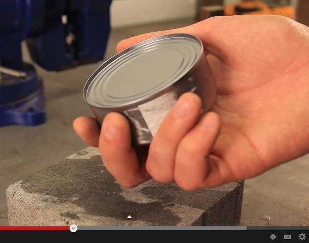 أسهل طريقة لفتح علب التونة بدون سكينة