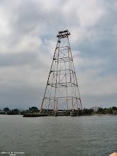Torre de Alta-Tensão na margem Itapemense