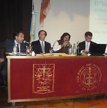"""Jornada debate """"Etica periodística:¿debe resgularse por ley"""", La Plata 3 de Mayo de 2011"""