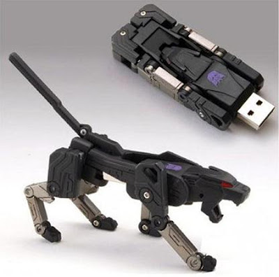 pen drive Decepticon Ravage dos Transformers