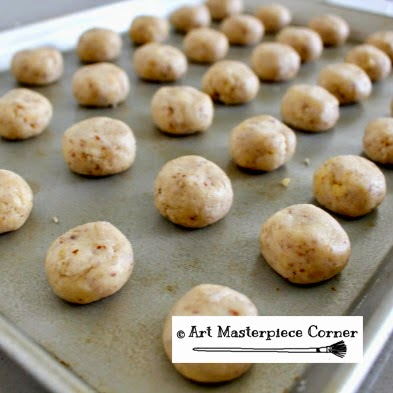 ... Corner: Mexican Wedding Cookies (AKA Snowball Cookies) with a Kiss