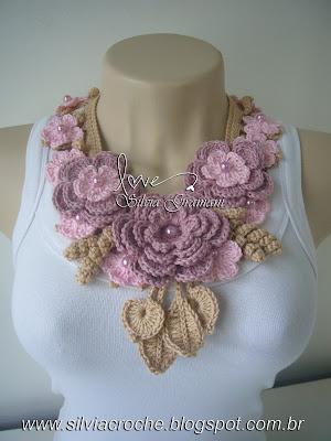 colar, colar feminino, croche, flore, colar rosa de flores, colar miss flor