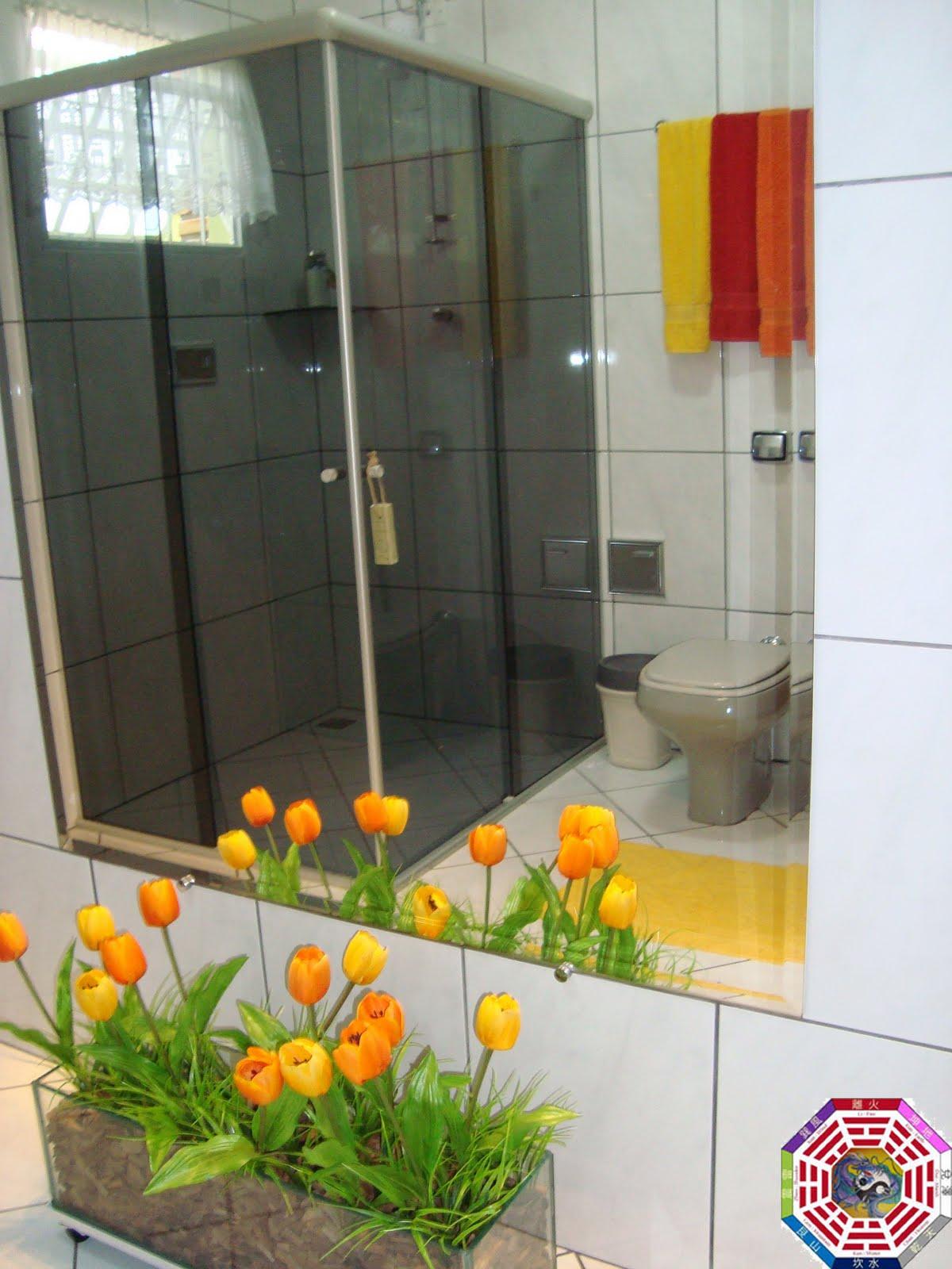 #BA9011 Feng Shui e Decoração 1200x1600 px vermelho no banheiro feng shui