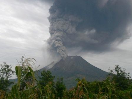 merkuri letusan gunung