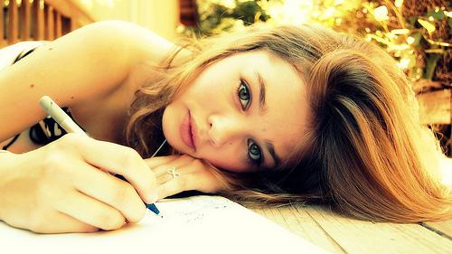 Girl-Writer-by-Dia.jpg