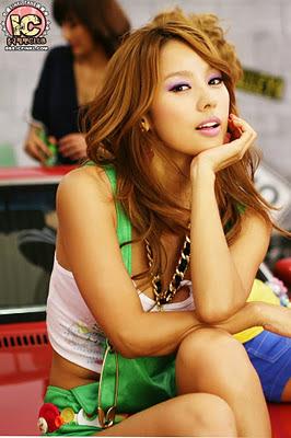 Foto HOT dan Seksi Lee Hyori