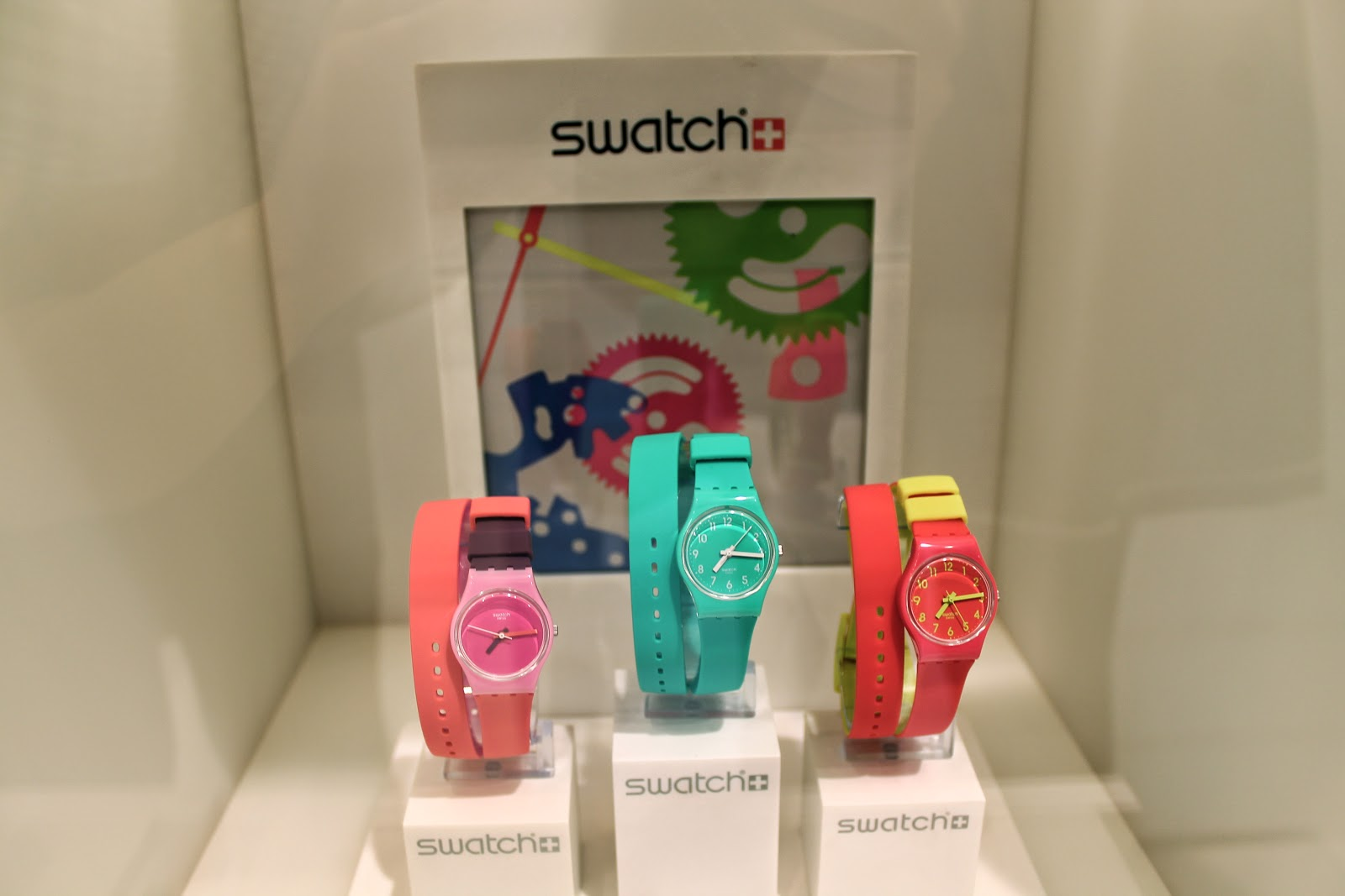swatch double wrap around