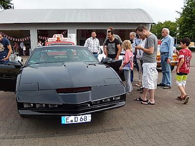 http://www.n-tv.de/leute/Kultkarre-K-I-T-T-hat-neuen-Knight-Rider-article12649996.html