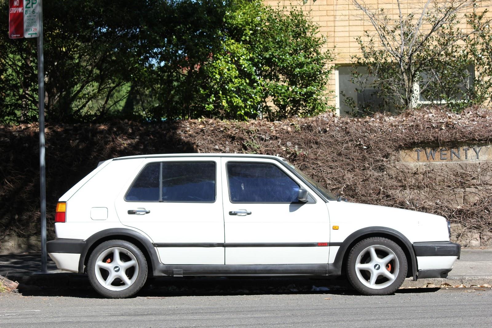 aussie old parked cars 1992 volkswagen golf gti mk2. Black Bedroom Furniture Sets. Home Design Ideas