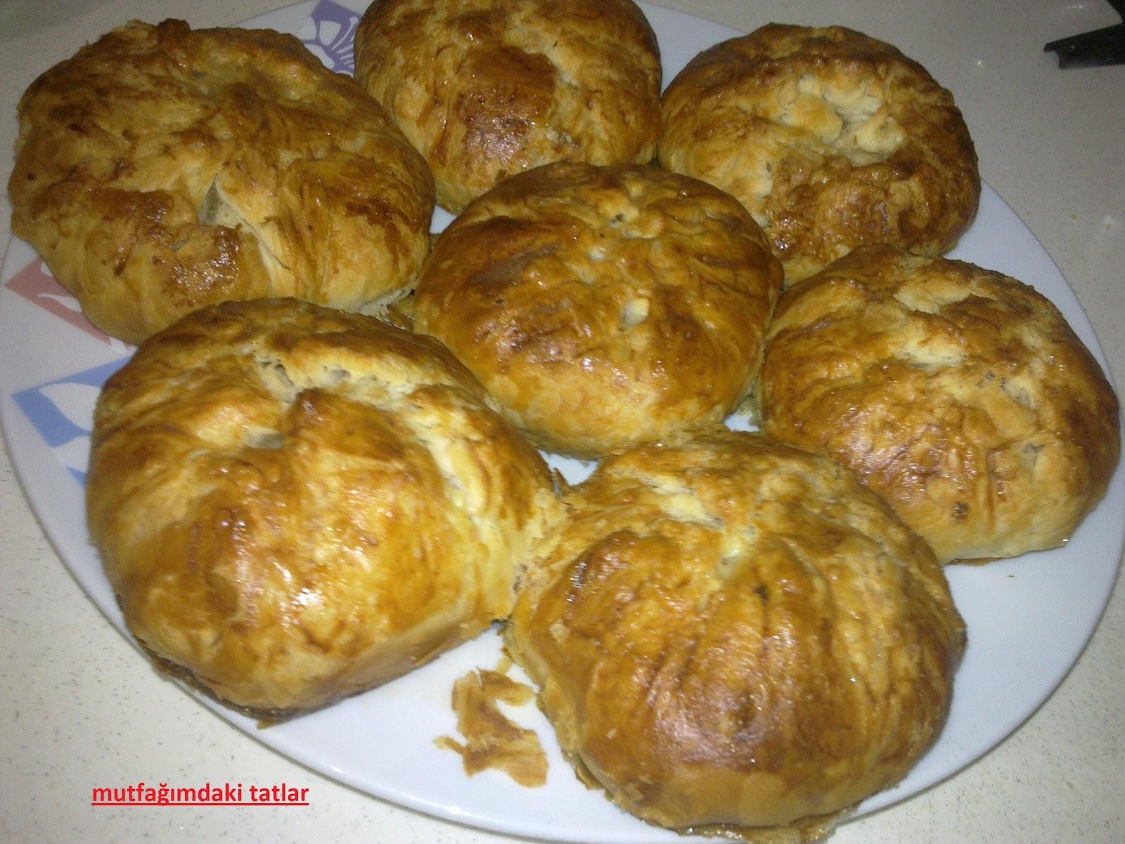 Haşhaşlı Çelenk Çörek