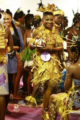 Mireille Nzoubou habille MISS NYANGA pour la demi-finale MISS GABON 2012...