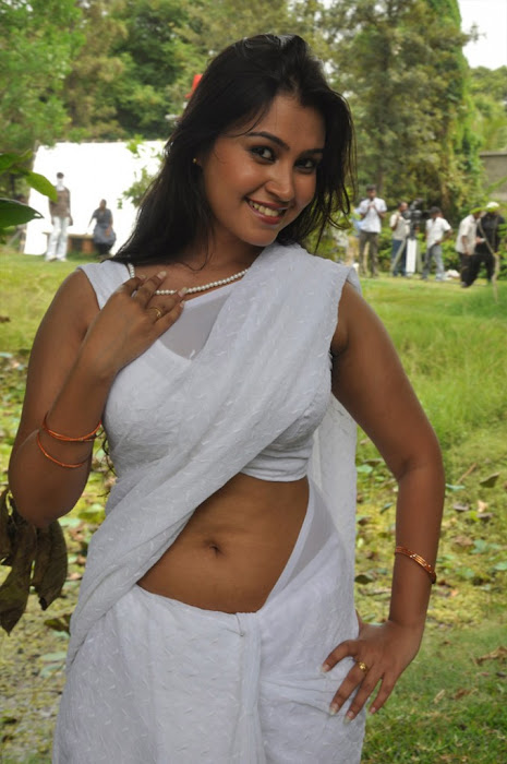 movie sathya sai hot images