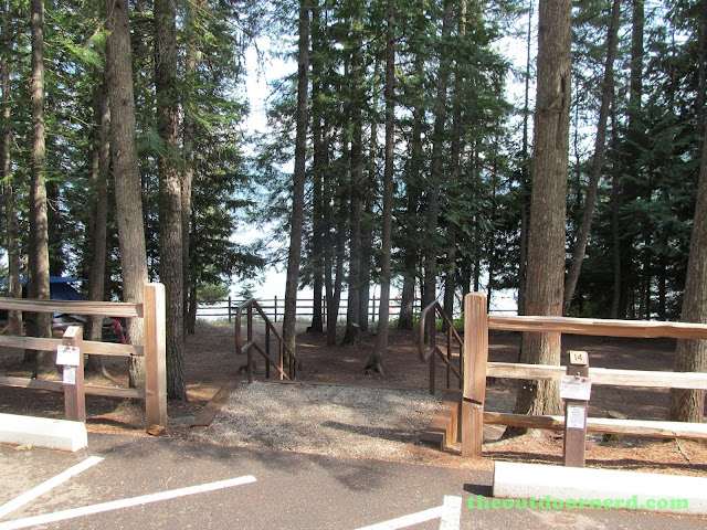 Outlet Campgrounds At Priest Lake, Idaho: Entrance to sites 14 and 15