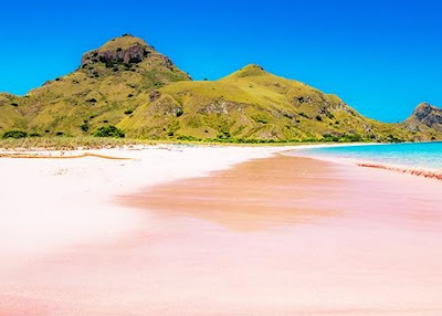 kawasan pantai tangsi lombok