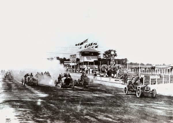 http://www.indy500.com/brickyard400/news/show/type/photo/4311-auto-races-at-ims-aug-19-21-1909/