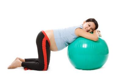 contoh gerakan senam hamil untuk relaksasi janin