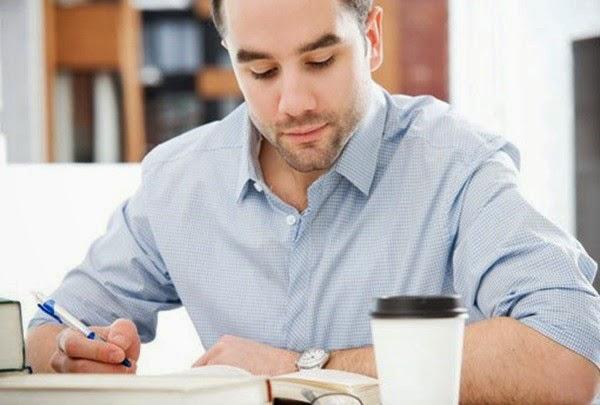 Thiết lập các mục tiêu dài hạn và tập trung vào các công việc ưu tiên.