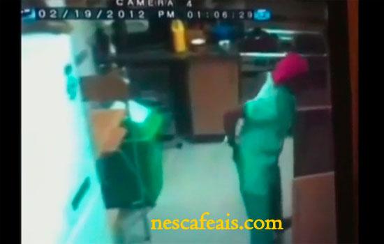 Video Pembantu Rumah Campur Air Kencing Dalam Makanan Majikan