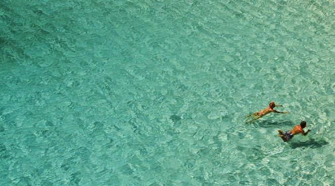 بالصور.. الشواطئ الـ27 الأكثر نقاءً في العالم