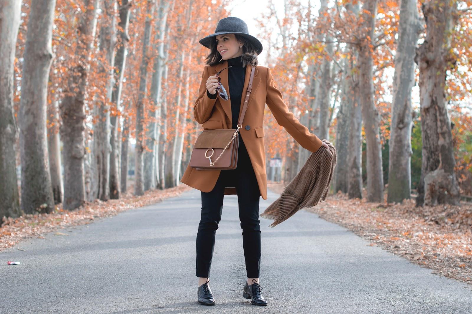Total look de Zara con bolso inspiración faye de chloe