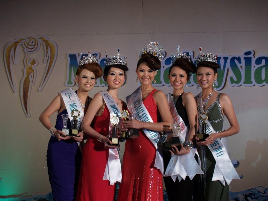 miss earth malaysia 2011 winner joyce tay