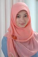38 Kemuliaan Wanita Di Mata Islam