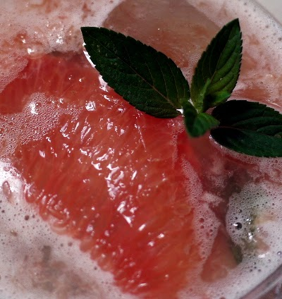 ruby red grapefruit mojito