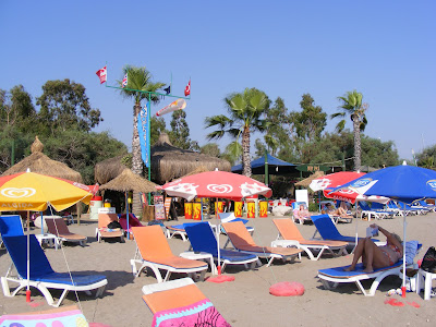 Surf Cafe Beach in Çalış