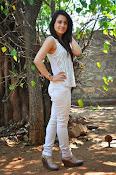 Aksha pardasany glamorous photos-thumbnail-20