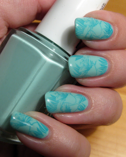 Essie Mint Candy Apple, OPI Fly, Bundlemonster